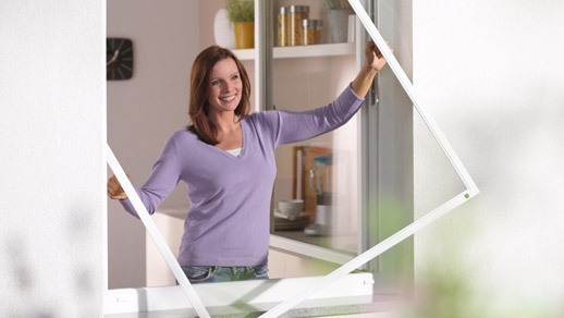 insektenschutz durch fliegengitter f r fenster balkon und terrassent ren. Black Bedroom Furniture Sets. Home Design Ideas