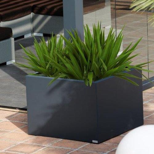 terrassen berdachung mit bioklimatischer pergola. Black Bedroom Furniture Sets. Home Design Ideas